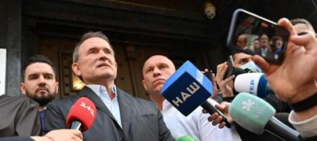 Избиратель Медведчука уйдет к Зеленскому? На Западе игнорируют преследование украинской оппозиции