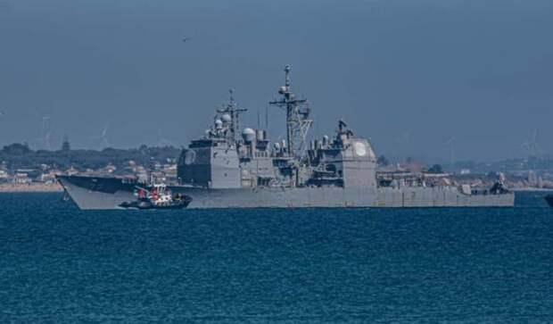 Шедший кСирии крейсер США сломался сразу после выхода изпорта