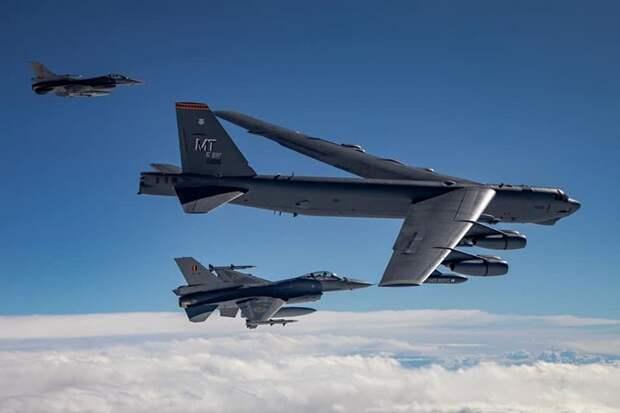 НАТО отрабатывает варианты нанесения ударов по Белоруссии и РФ - Минобороны Б...