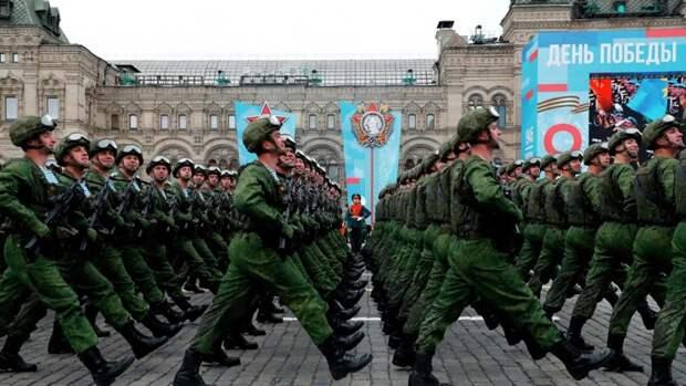 Предприятие Прикамья поставило ткани для униформы 70% участников Парада Победы