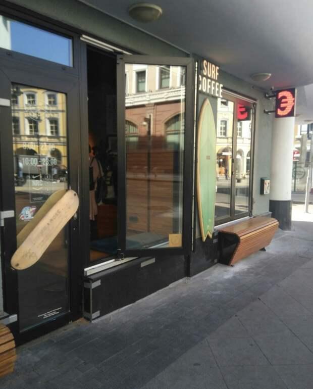 Урбан дизайн двери