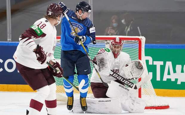 Финляндия в овертайме победила Латвию и вместе с США вышла в плей-офф чемпионата мира