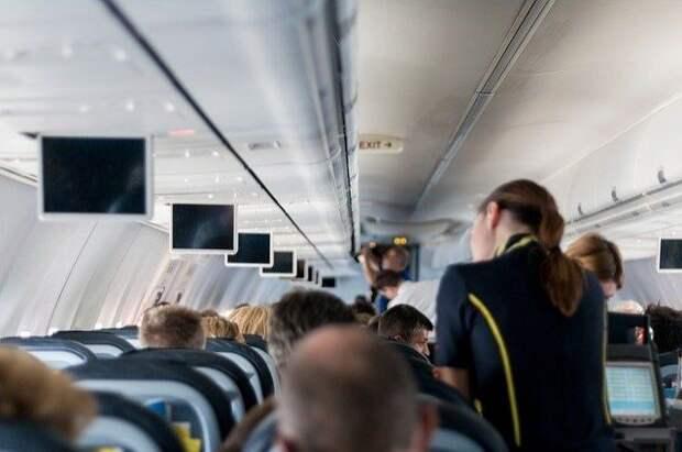 Самолет до Симферополя вылетел после проверки на угрозу взрыва