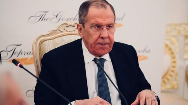 """Лавров ответил на обвинения в """"корыстной помощи"""" Европе народной мудростью"""