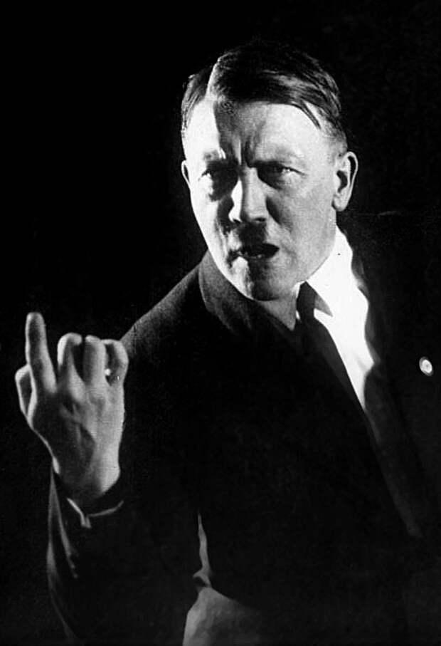 Адольф Гитлер вместе с Пилсудским планировали общий поход на СССР.