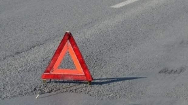 Водитель ВАЗ стал жертвой ДТП с микроавтобусом в Челябинске