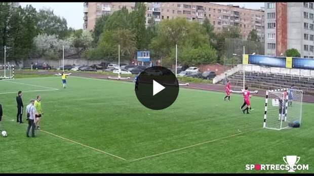 Гол Иванова Тимура из команды 62 Студия в ворота команды ГК ЭРА