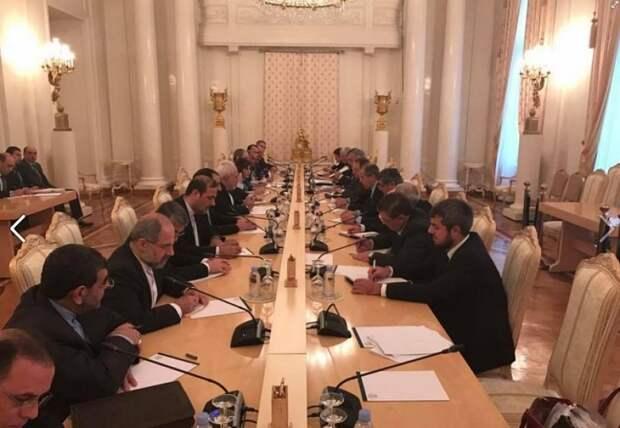 «Работа кипит»: Захарова публикует эксклюзивные фото со встречи глав МИД России, Ирана и Сирии