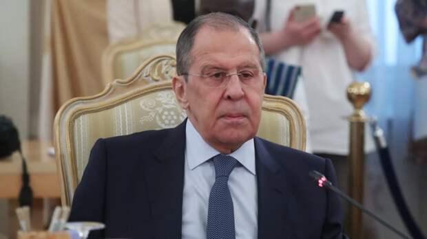 Лавров объяснил включение Чехии и США в список недружественных стран