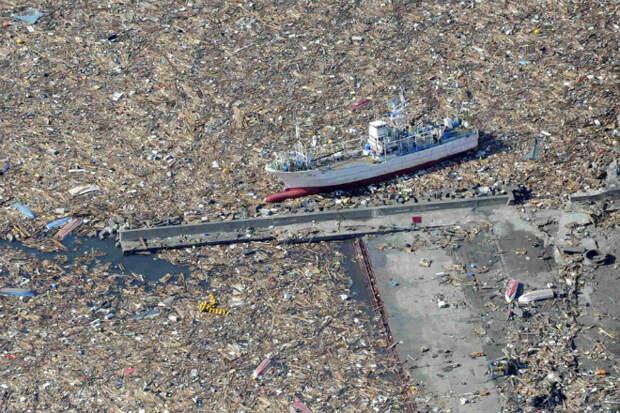Тихоокеанское мусорное пятно: плавающая куча мусора больше Франции