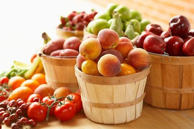 01-deficient-things-happen-body-fruits-vegetables-AbbieImages