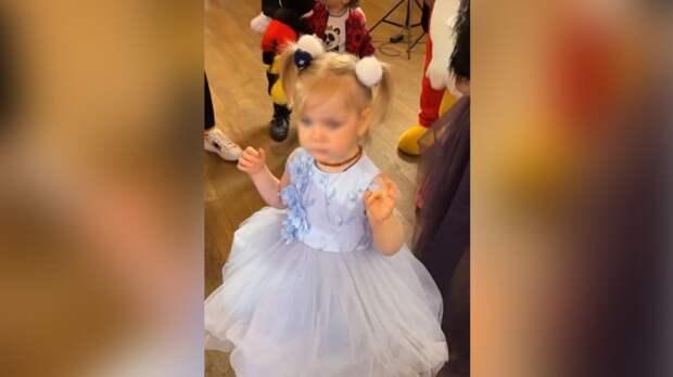 Кудрявцева нарядила двухлетнюю дочь принцессой