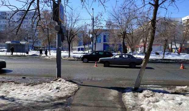 В Оренбурге на Салмышской водитель Audi сбил школьницу