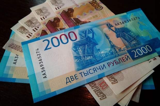 Аксенов распорядился оказать дополнительную соцподдержку крымчанам