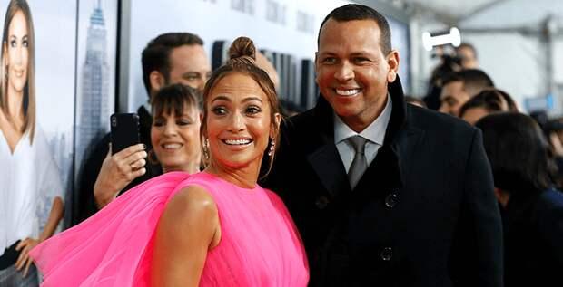 Модель Playboy рассказала о связи с  женихом Дженнифер Лопес