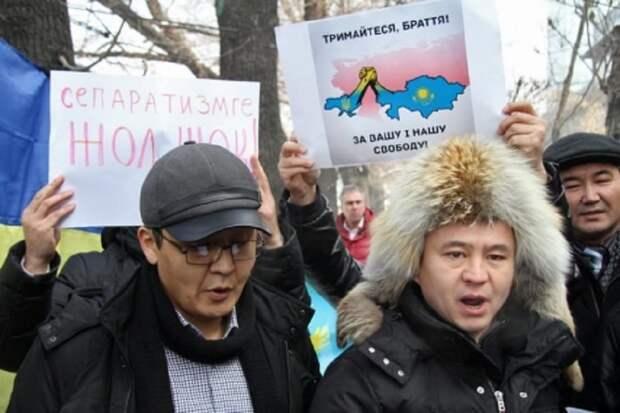 Власти Казахстана вслед за Украиной и Белоруссией отказались от Георгиевской ленты