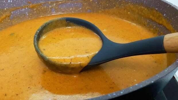 Вкусная подливка без мяса: к макаронам, к рису и пюре