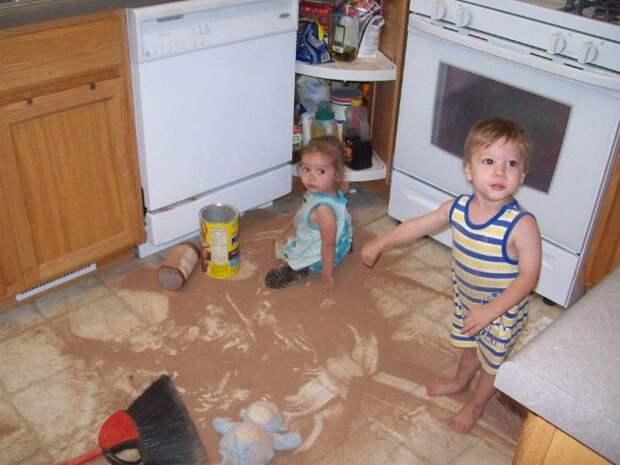 И снова детишки, которые умеют себя занять))))