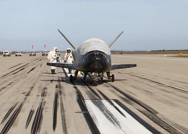 Беспилотный космоплан X-37B провел на орбите больше 500 суток