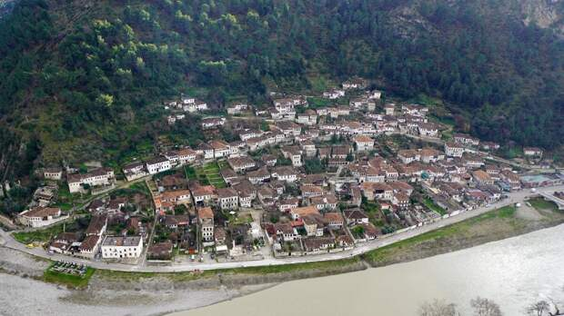 Путешествие в Албанию. Часть 16. Крепость Берата.