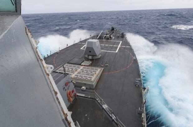 Глава МИД Румынии назвал Черное море озером НАТО