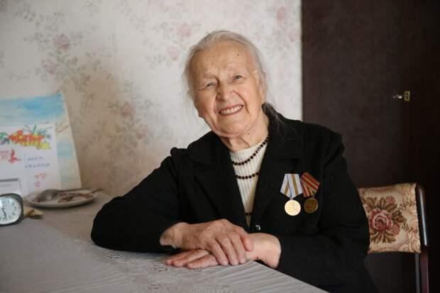 Жительница Выхина-Жулебина в 13 лет тушила зажигалки на крыше