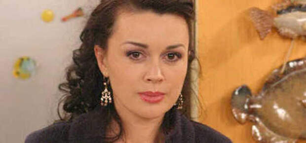 """""""Приедет актриса, которую никто не должен видеть"""": источники заявили о съемках шоу с Заворотнюк"""