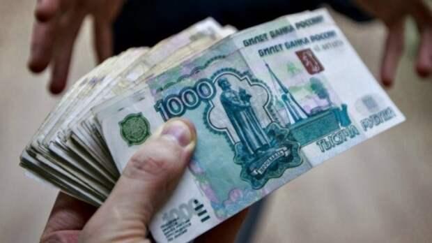 Суд в Тобольске вынес приговор экс-сотрудникам ГИБДД и трем подельникам