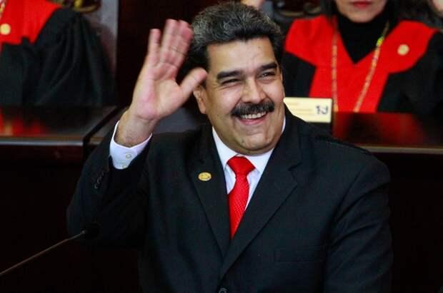 Мадуро открыл масштабные военные учения в Венесуэле