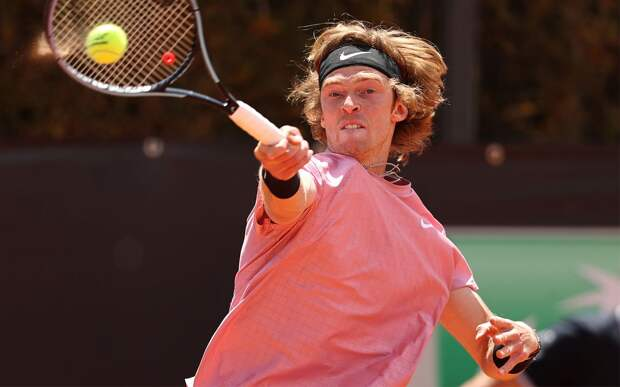 Рублев победил Баутиста-Агута и вышел в четвертьфинал турнира в Риме