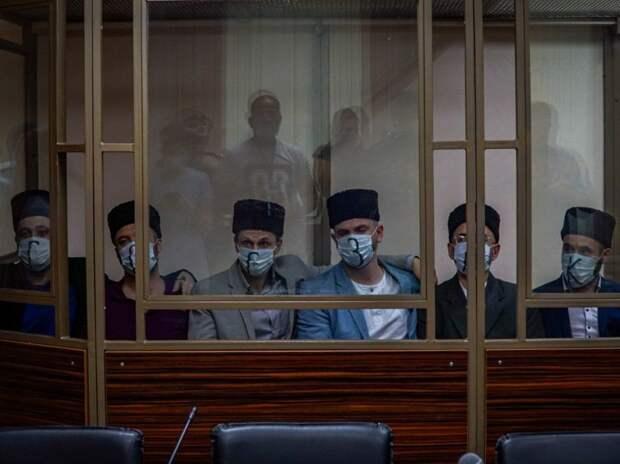 """""""Политически мотивированное и неоправданное"""". Посольство США в Украине осудило заключение семи крымских татар в России"""