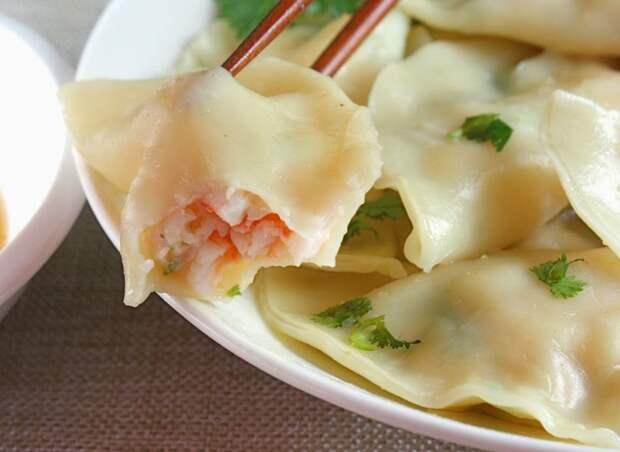 Рецепты по четвергам. Вареники с морепродуктами (3)