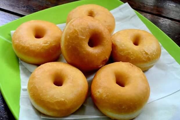 Пышные медовые пончики на молоке — вкуснее не бывает!