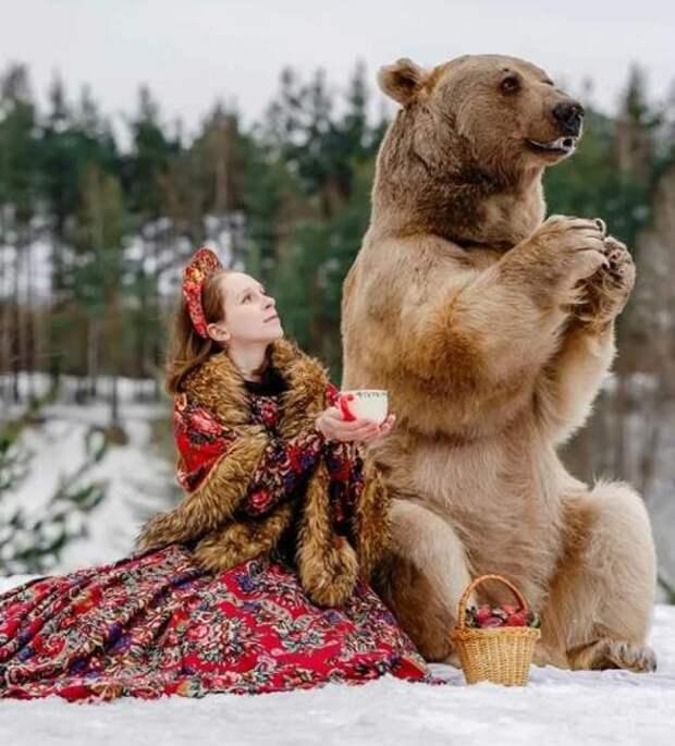 Как складывается судьба семьи, которая почти 30 лет живет с медведем в доме