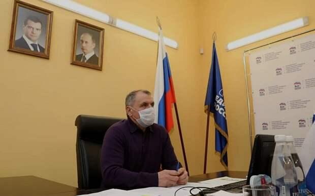 Крым будет жить с коронавирусом как минимум все лето, — Константинов