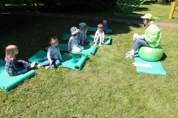 В парке «Кузьминки-Люблино» расскажут сказки под сенью каштанов и дубов