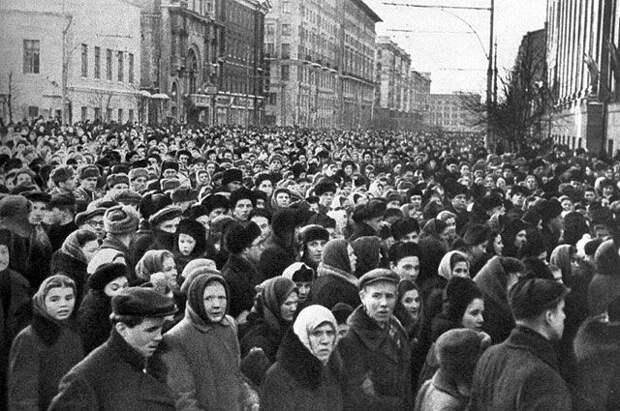 Видео майора Манхоффа. Похороны Сталина глазами американского «шпиона».