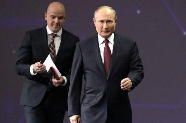 Путин на ПМЭФ-2021, 4.06.21.jpg