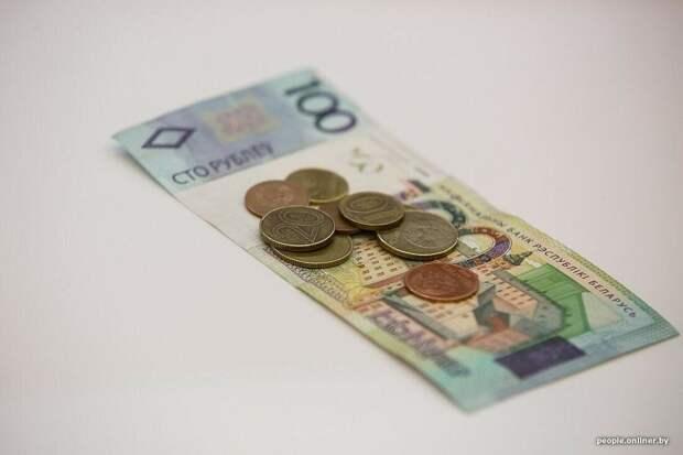 Послушали Каллаура и открыли вклады в четырех валютах. Какая победит?
