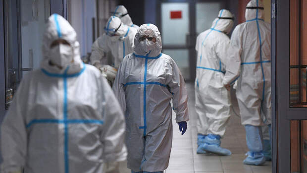 Гинцбург назвал сроки регистрации вакцины от COVID-19 в форме капель для носа