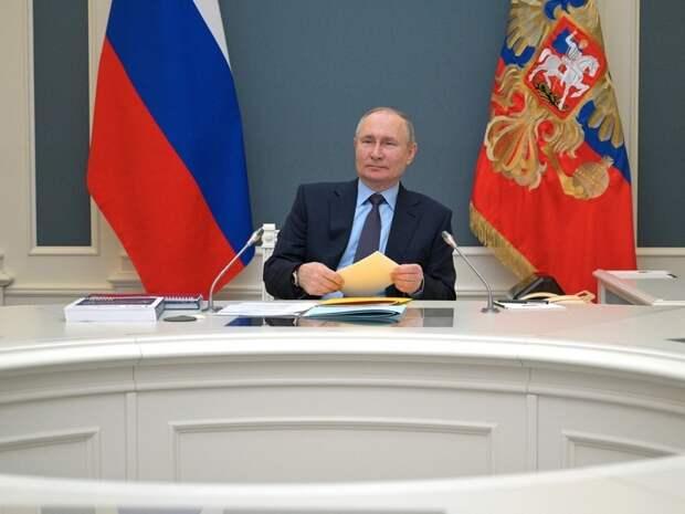 Прилепин раскрыл план ухода Путина с поста президента России