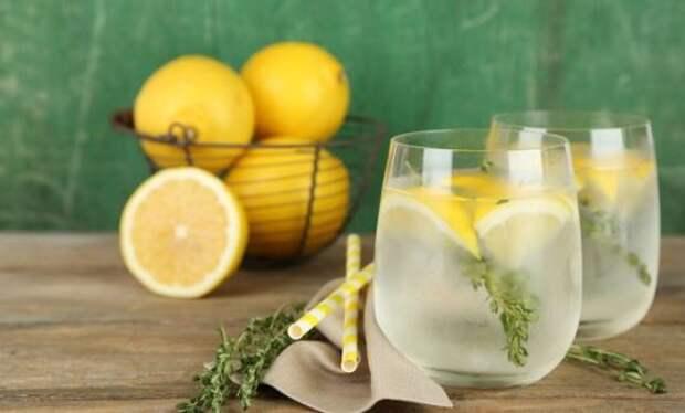 Как сделать обычную воду еще полезнее: 7 отличных примеров