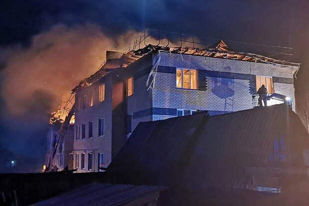 Из-под завалов дома в Нижегородской области вытащили живого младенца