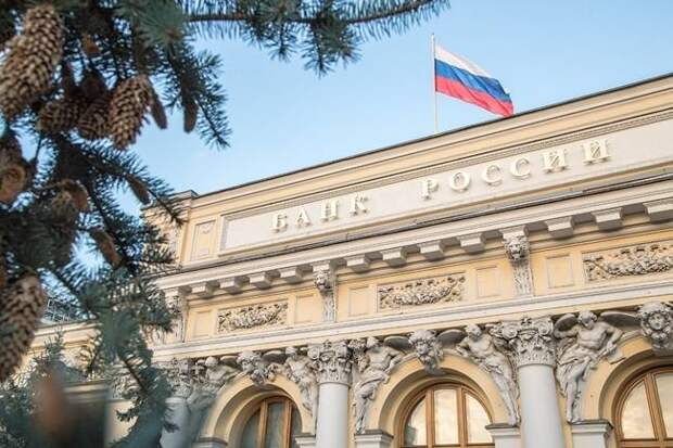 Рубль называли утратившим зависимость от нефти, а он упал вслед за баррелем