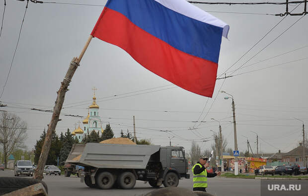Совбез Украины продлил санкции против россиян