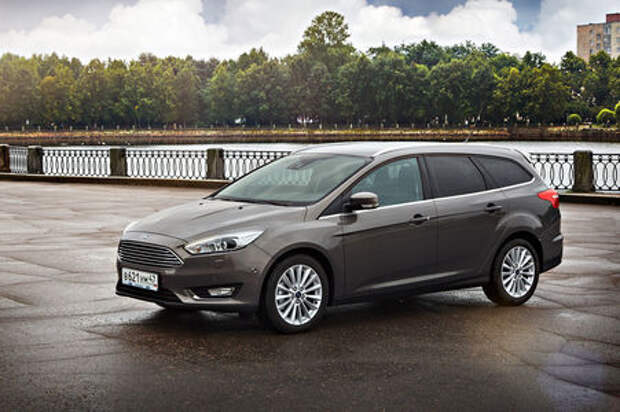Sale под занавес: Ford распродает автомобили на российском рынке