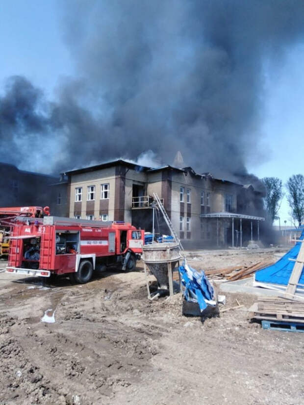 В Кореновске увеличилась площадь пожара в детском саду