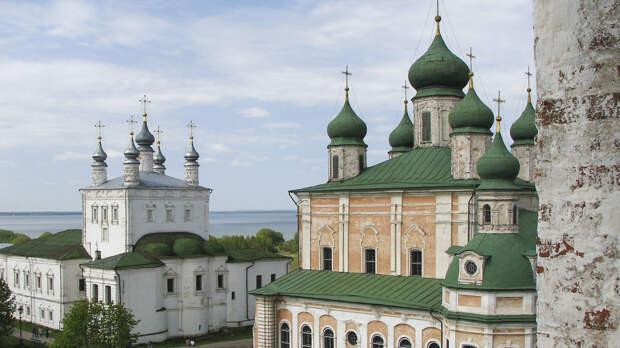 Россиянам напомнили о празднике Радоница