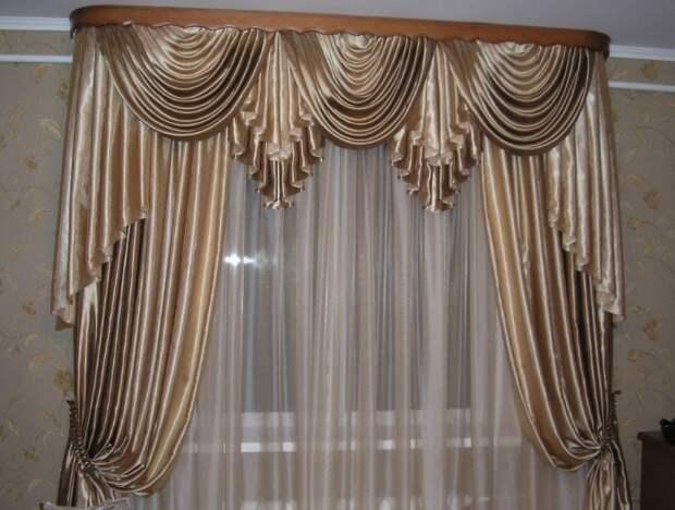 Стильное украшение для окон: сложные элементы драпировок с выкройками и фото
