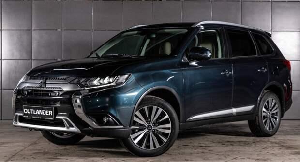 Mitsubishi повысил стоимость топовых комплектаций Outlander